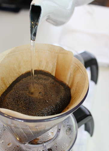 コーヒーの淹れ方も教えてもらいます。